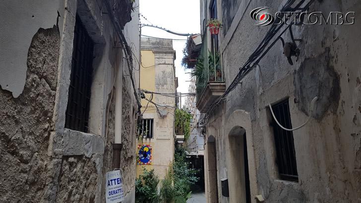 Улицата с апартамента ни в Ortigia, Siracusa